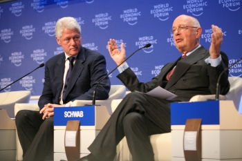 wef-klaus-schwab-founder-of-world-economic-forum-introduces-bill-clinton_flickr